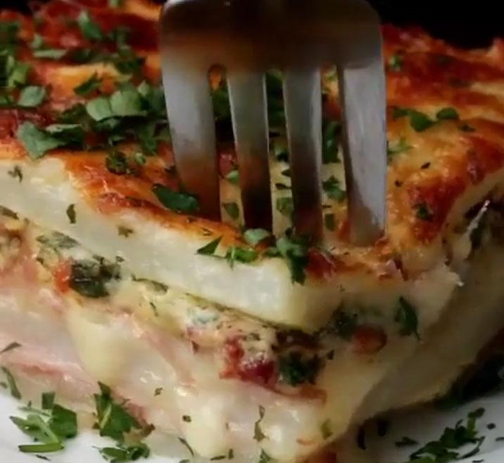 Картофельная лазанья. Видеорецепт.