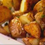 Картошка с чесноком в духовке.
