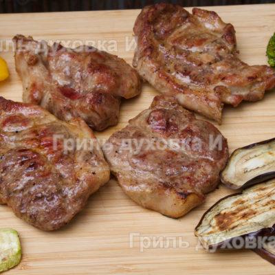 стейк из свиной шейки