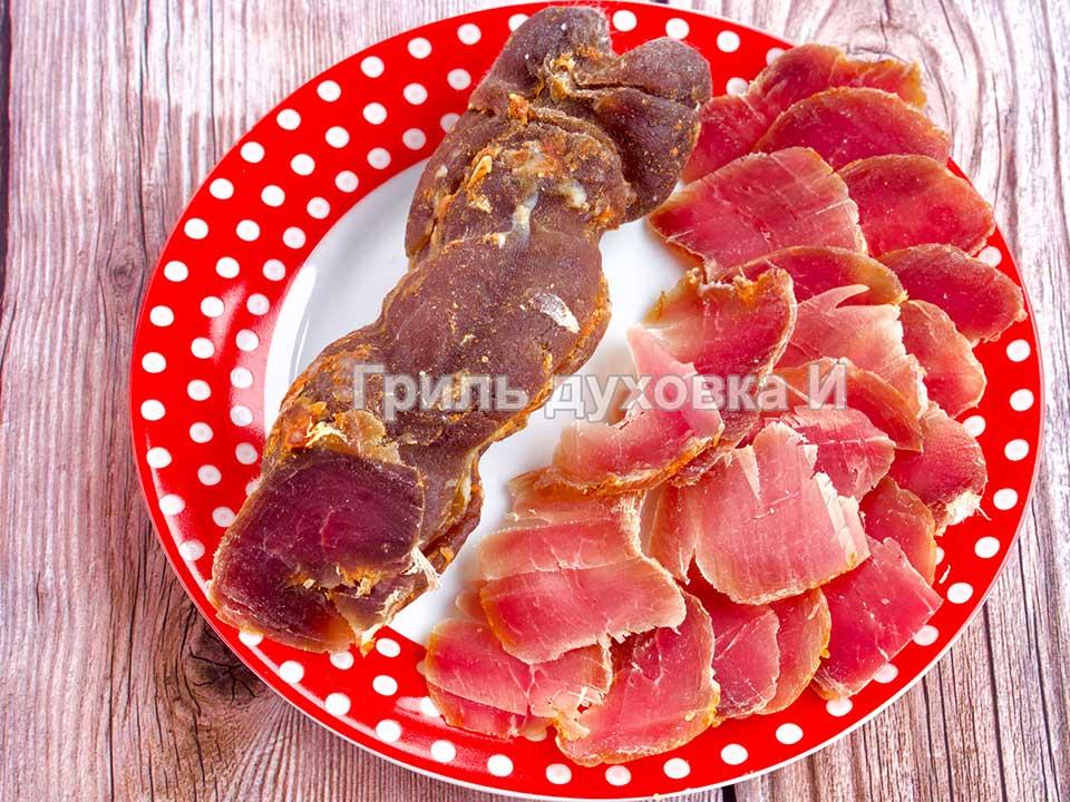 Сыровяленая свинина в домашних условиях.