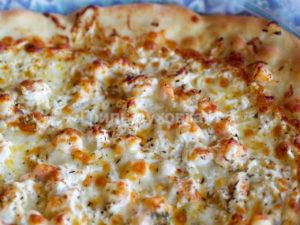 домашняя пицца с креветками