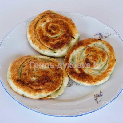 пирожки с луком жареные