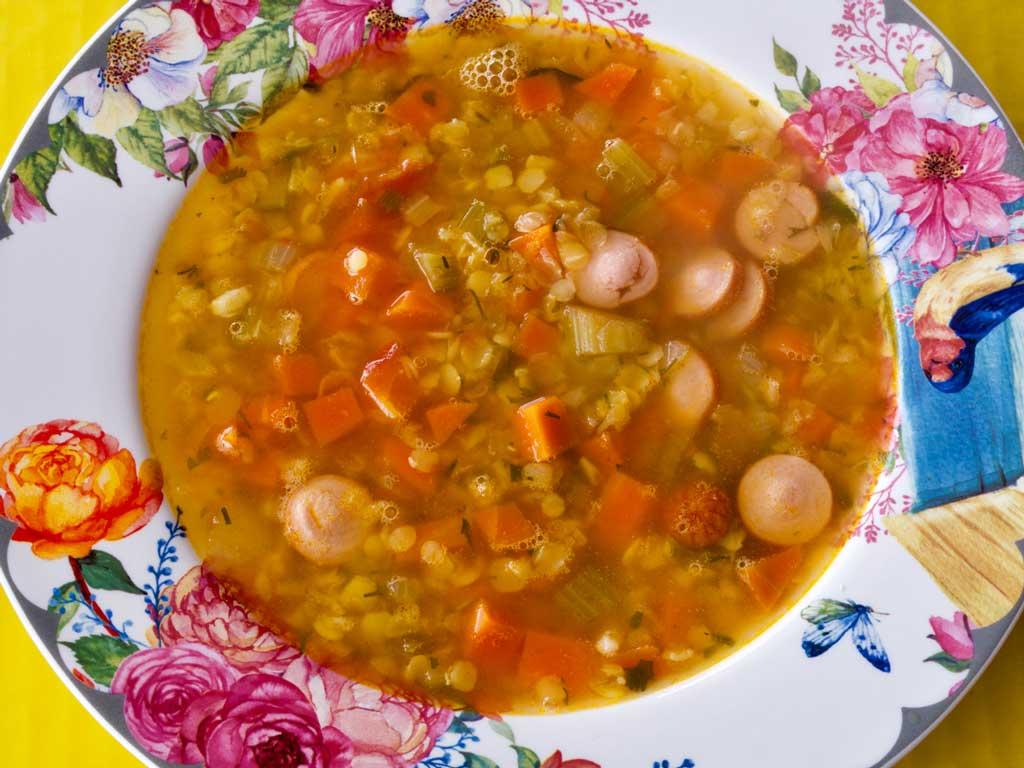 Вкуснейший итальянский суп с чечевицей.